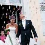 Hochzeitsreportage, Hochzeit auf Schloss Reckahn, Blüten werfen